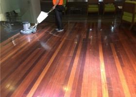 7种常用的木制家具的保洁方式